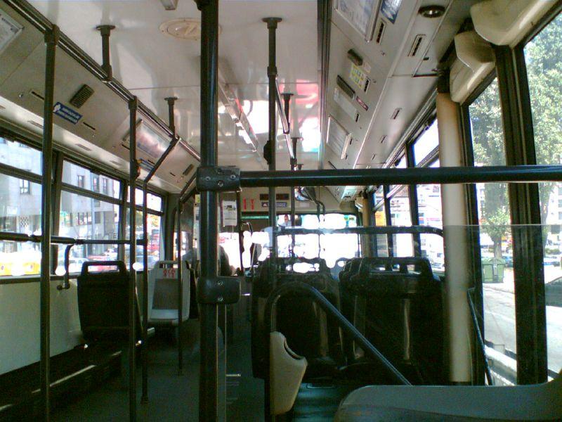 imaxe do interior dun autobús
