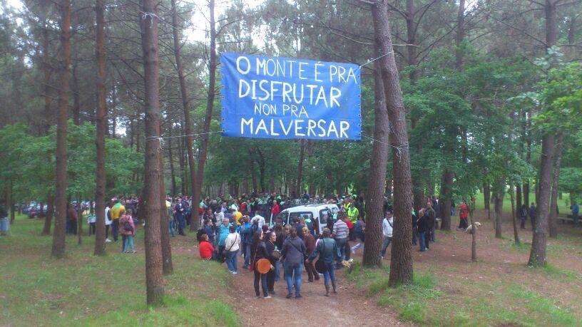 EQUO*! cos veciños defendendo o monte de Cabral
